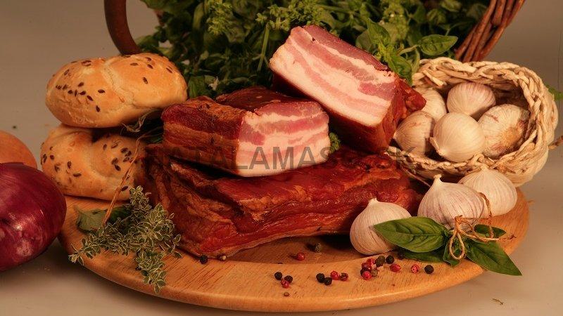 Tradične údená oravská slanina sáčik 1759